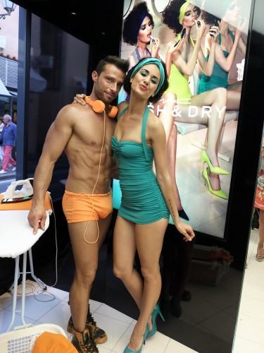 MAC lebende Schaufensterpuppen, live display dummy, affichage mannequin, St. Tropez, Lieblingsstil