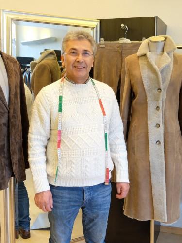 Lederstudio Akay, Cemal Akay, Lederstudio Düsseldorf, aus alt mach neu, Strechtleder Maßanfertigung, Maßanfertigung Leder, Modeblog Lieblingsstil