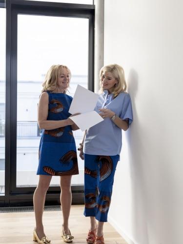 gemusterte Sommerhose, Oversize Bluse , Sommerkleid blau, Sommerhose blau gemustert, Ethno print, shop.lieblingsstil.com, Modeblog Lieblingsstil