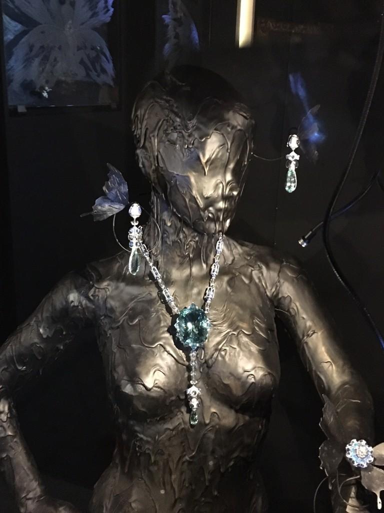 Wallace Chan Jewelry Creator, Jewelry Creator Wallace Chan, TEFAF Maastricht, 379 Carat Aquamarin, Aquamarin 379 Carat, Lifestlye Blog Lieblingsstil, Lieblingsstil, Lifestlyeblog Lieblingsstil