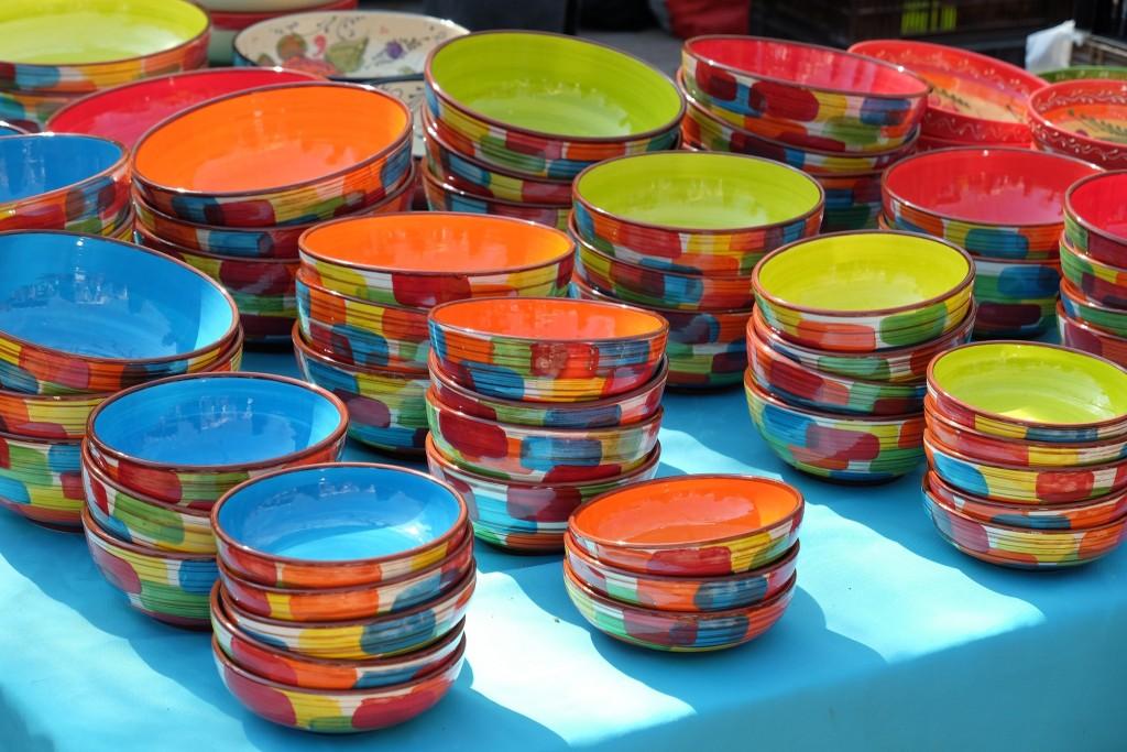 marché St. Tropez, market St. Tropez, Markt St. Tropez, Keramik Schüssel, ceramic, Lifestlye Blog Lieblingsstil