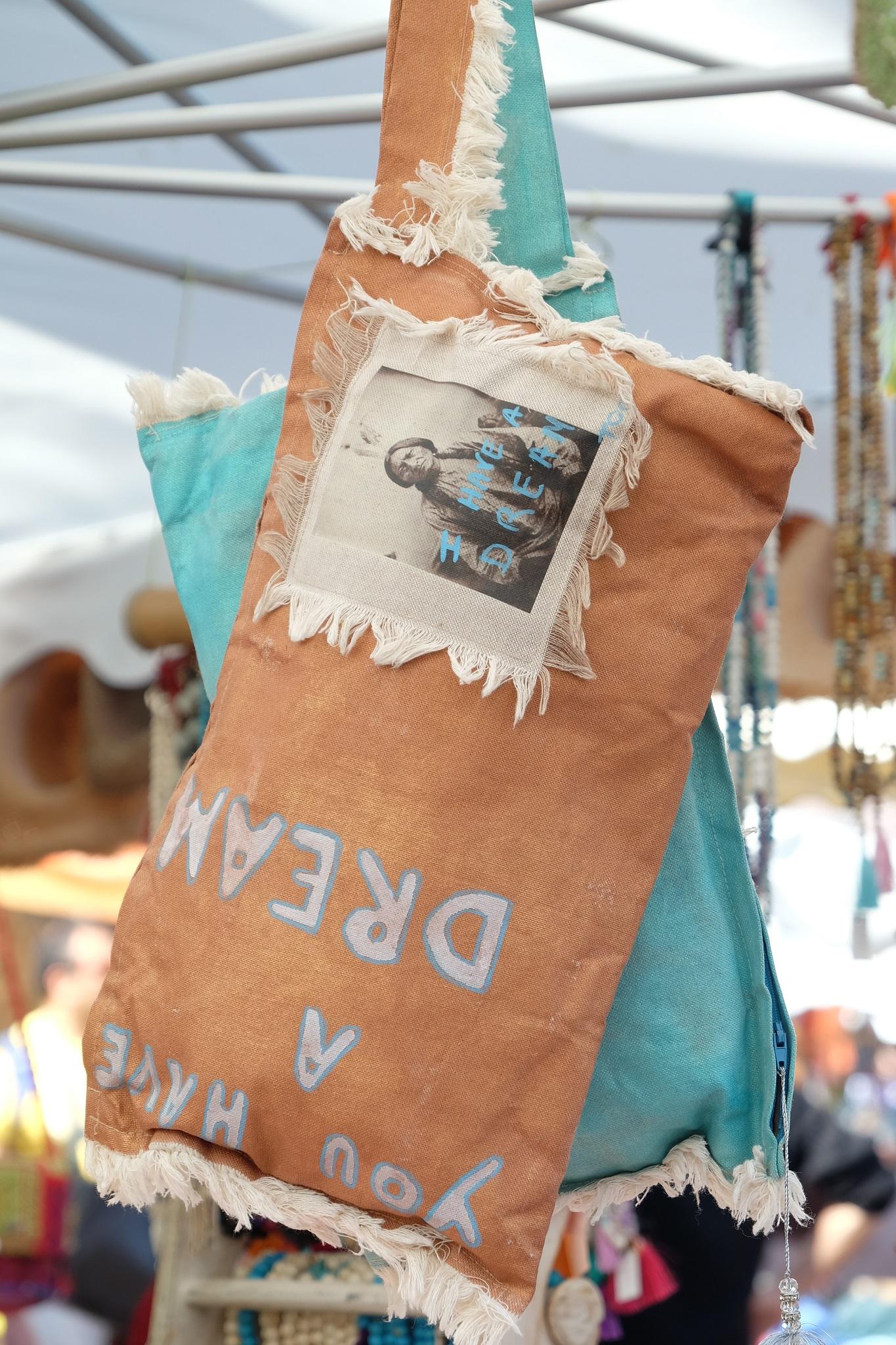 marché St. Tropez, market St. Tropez, kreative Tasche, creative bag, trendy bag, trendy Tasche, Markt St. Tropez, Fashion Blog Lieblingsstil