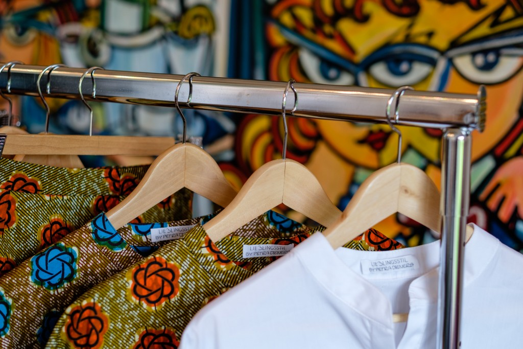 Lieblingsstil Label, Petra Dieners, Lieblingsstil Kollektion, Sommermode 2016, Tunika Blumen, Tunika weiß, Modeblog Lieblingsstil, Fashion Blog Lieblingsstil