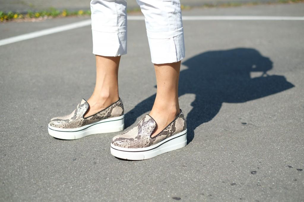 Plateau Sneaker, Slip-on Sneaker, Sneaker mit dicker Sohler, Slip ons, Loafer mit hoher Sohle, Loafer mit dicker Sohle, hohe Slipper, Slipper hoch, Fashionblog Lieblingsstil