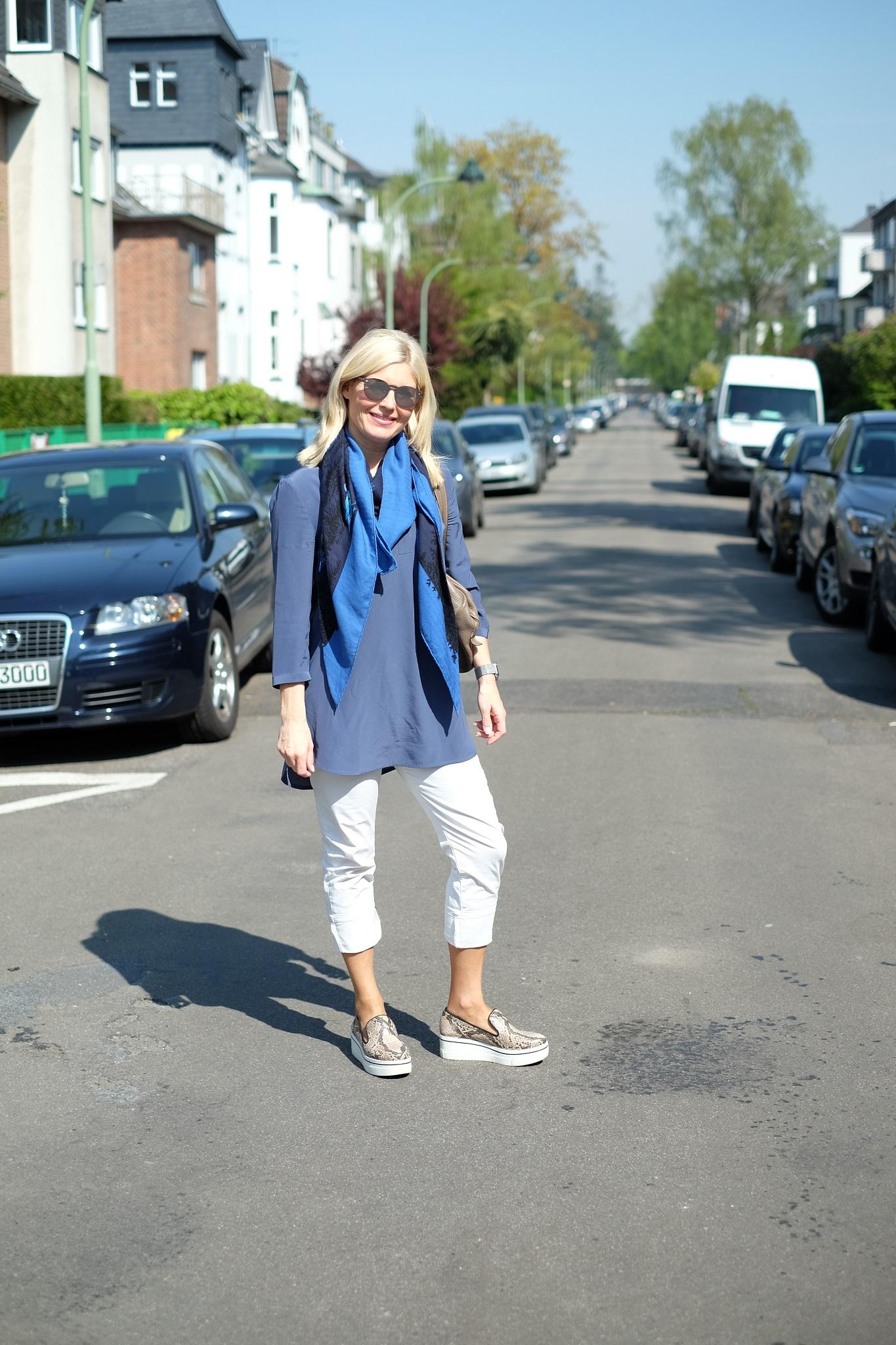 Slip-on, Slip on Sneaker, Plateau Sneaker, Plateau Loafer, Plateau Slipper, Slipper hohe Sohle, Slipper dicke Sohle, Modeblog Lieblingsstil, Fashion Blog Lieblingsstil