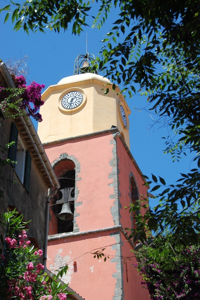 St. Tropez Kirchturm, Kirchtum St. Tropez, Lifestyle Blog Lieblingsstil, Lifestyleblog Lieblingsstil