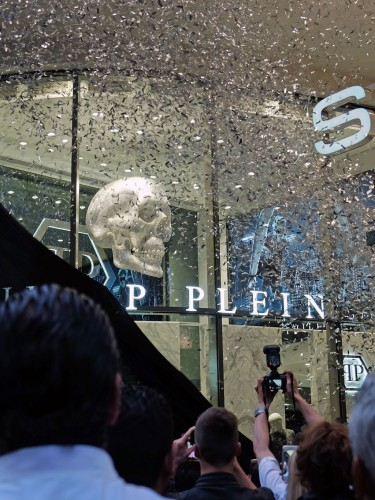 Philipp-Plein-Re-Opening-Boutique-Düsseldorf,-Modeblog,-Fashion-Blog,-Fashionblog,-Lifestyleblog,-Lieblingsstil,-Lieblingsstil.com,1
