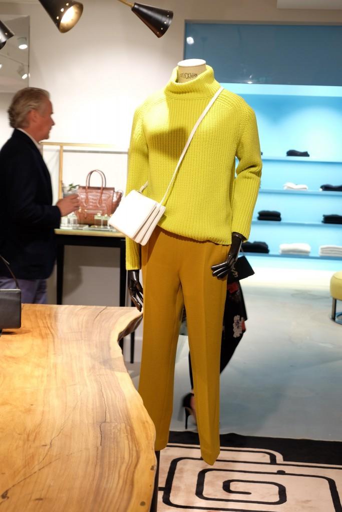 Odeeh Pullover, Odeeh Outfit geld, Odeah Hose ocker, Apropos Köln, Modeblog, Fashion Blog, Lieblingsstil