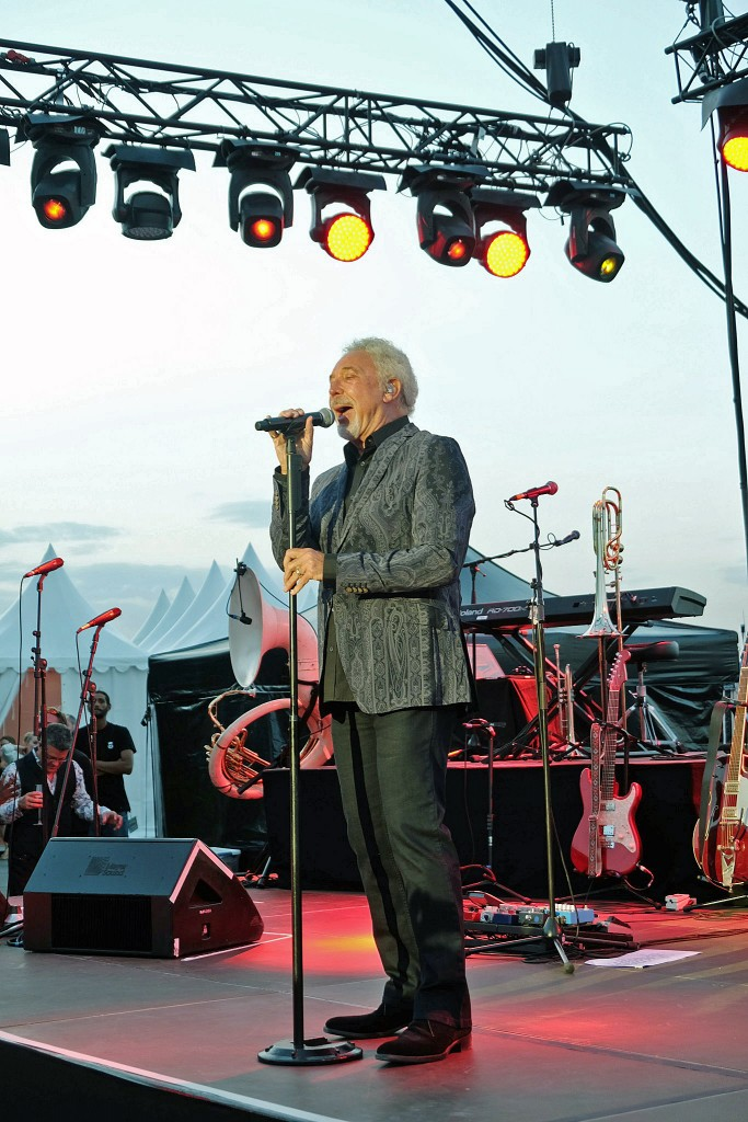 Tom Jones Konzert St. Tropez, Tom Jones, Lieblingsstil, Lifestyle Blog, Fashion Blog, Lifstyleblog,1