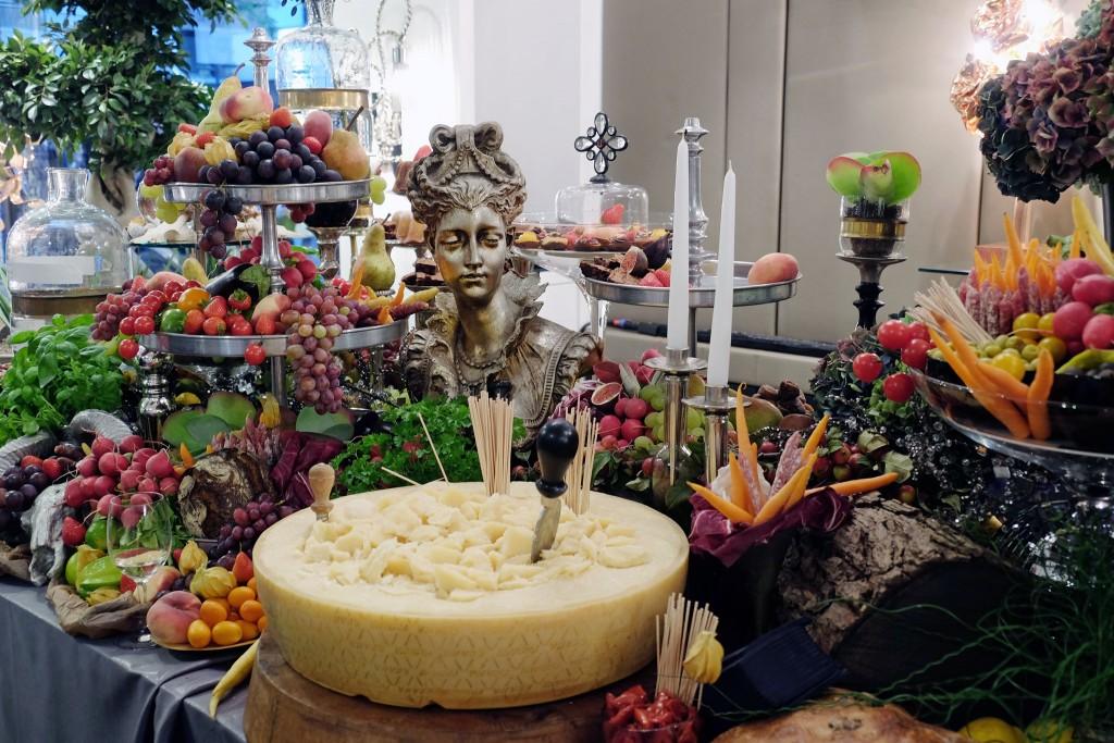 augenschmaus-buffet-kunst-buffet-kunstwerk-lifestyle-blog-patrick-treutlein-meerbusch-lieblingsstil