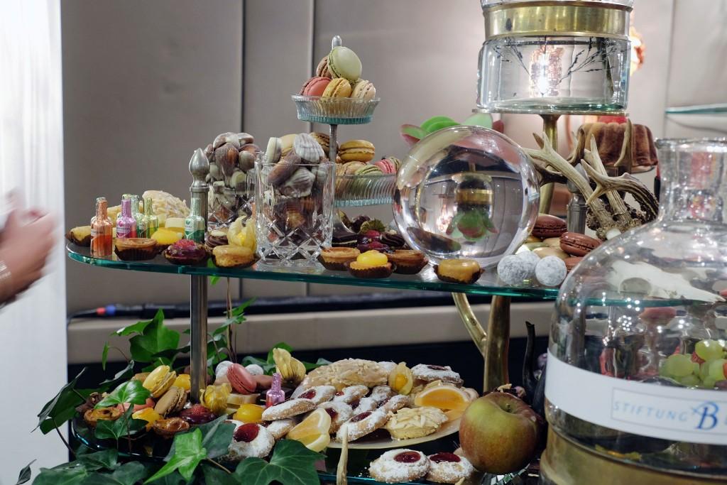 augenschmaus-desserbuffet-buffet-kunstwerk-lifestyle-blog-patrick-treutlein-meerbusch-lieblingsstil