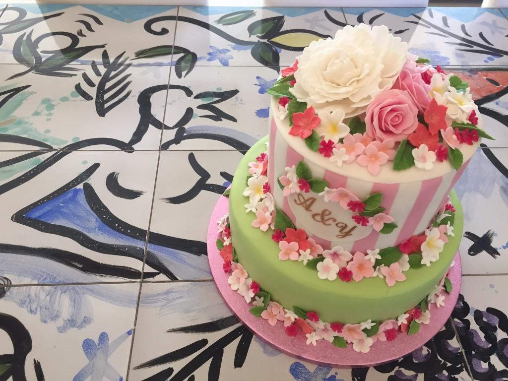 Eva Szczesny Backkunst, außergewöhnliche Backkunst, Hochzeitstorte Rosen. weddig cake roses pink green, Lifestyleblog, Lieblingsstil
