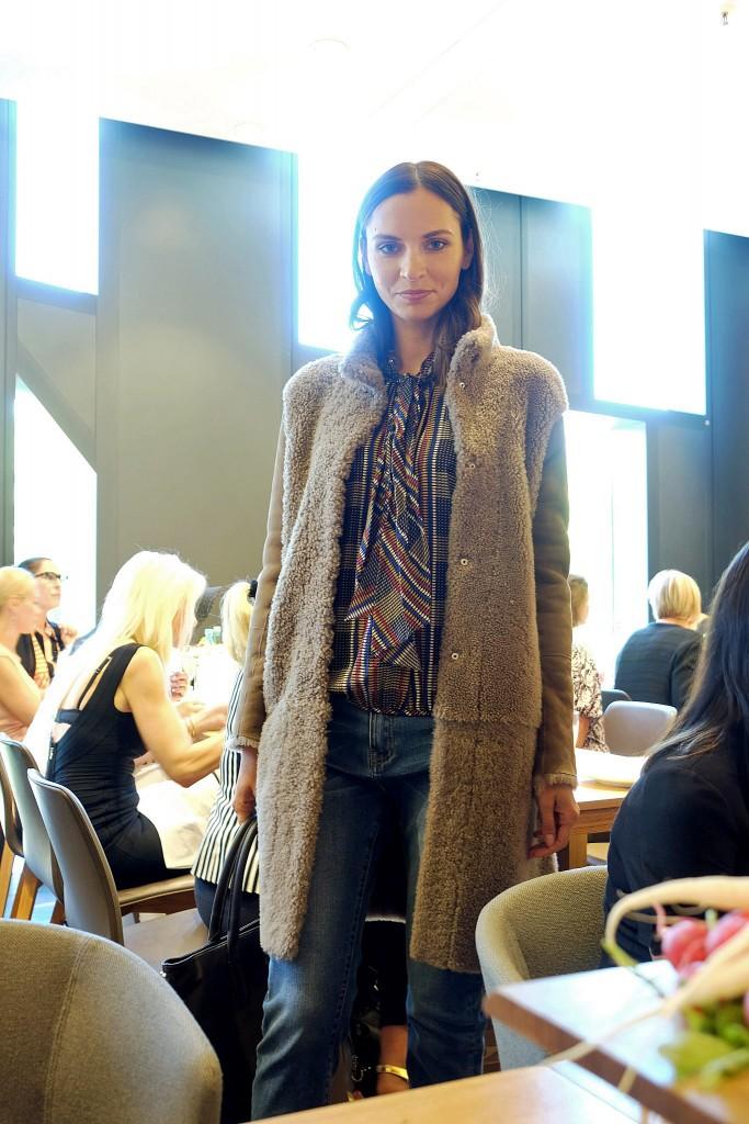steffen-schraut-breuninger-duesseldorfwendemantel-lammfell-fashionblogger-fashion-blog-lieblingsstil1