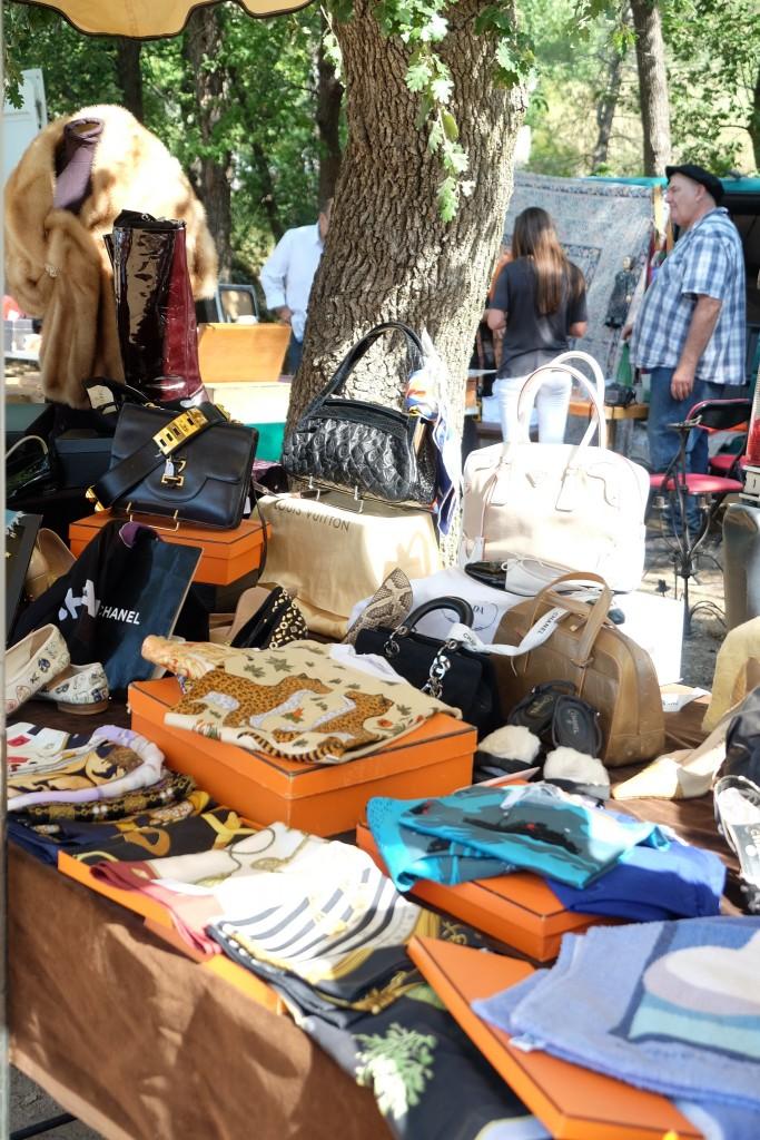 antikmarkt-grimaud-sonntagsmarkt-grimaud-antiquite-marche-grimaud-antique-market-grimaud-lifestyle-blog-st-tropez-blogger-lieblingsstil