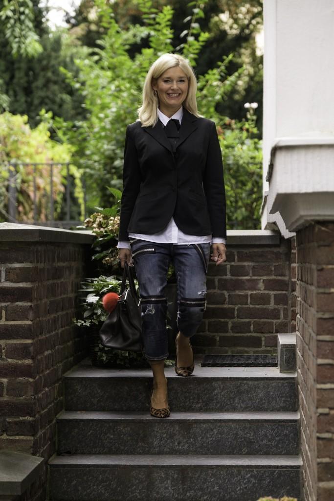 dsquared-jeans-was-ziehe-ich-morgen-an-prada-blazer-schwarz-rockige-jeans-lieblingsstil-com1