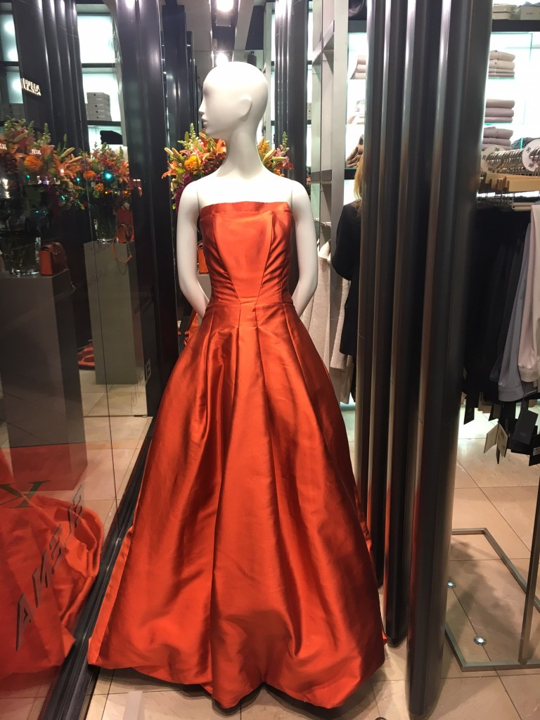 natan-ballkleid-ballkleid-orange-natan-abendkleid-orange-abendkleid-natan-abendkleid-elena-fashion-lieblingsstil-com1
