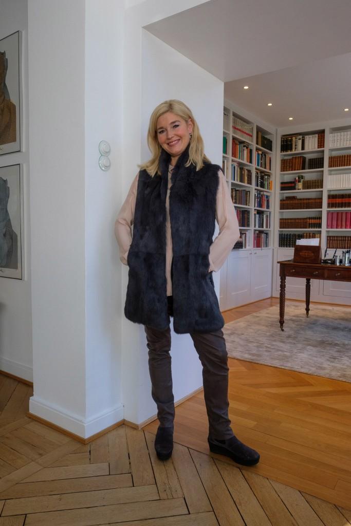 schoene-lange-weste-steffen-schraut-designer-weste-lang-coole-weste-fashionblog-edel-lieblingsstil-com-_dsf1039
