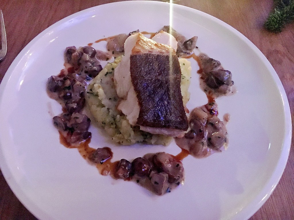 kabeljau-mit-kartoffelstampf-haseigel-hase-igel-restaurant-duesseldorflieblingsstil-com1-img_4959
