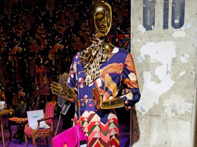 Anni-Carlsson-Kleid,-Kleid-bunt,-buntes-Kleid,-farbenfrohes-Kleid,-tolles-Kleid-bunt,-Anni-Carlsson,-Fashionblog-Lieblingsstil,-Lieblingsstil.com,-DSCF3817