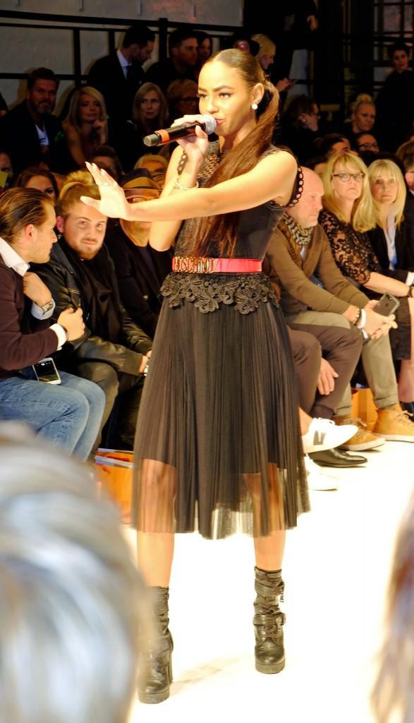 Debby-Schippers,-Breuninger-Fashion-Show,-Lieblingsstil.com,-DSCF4202