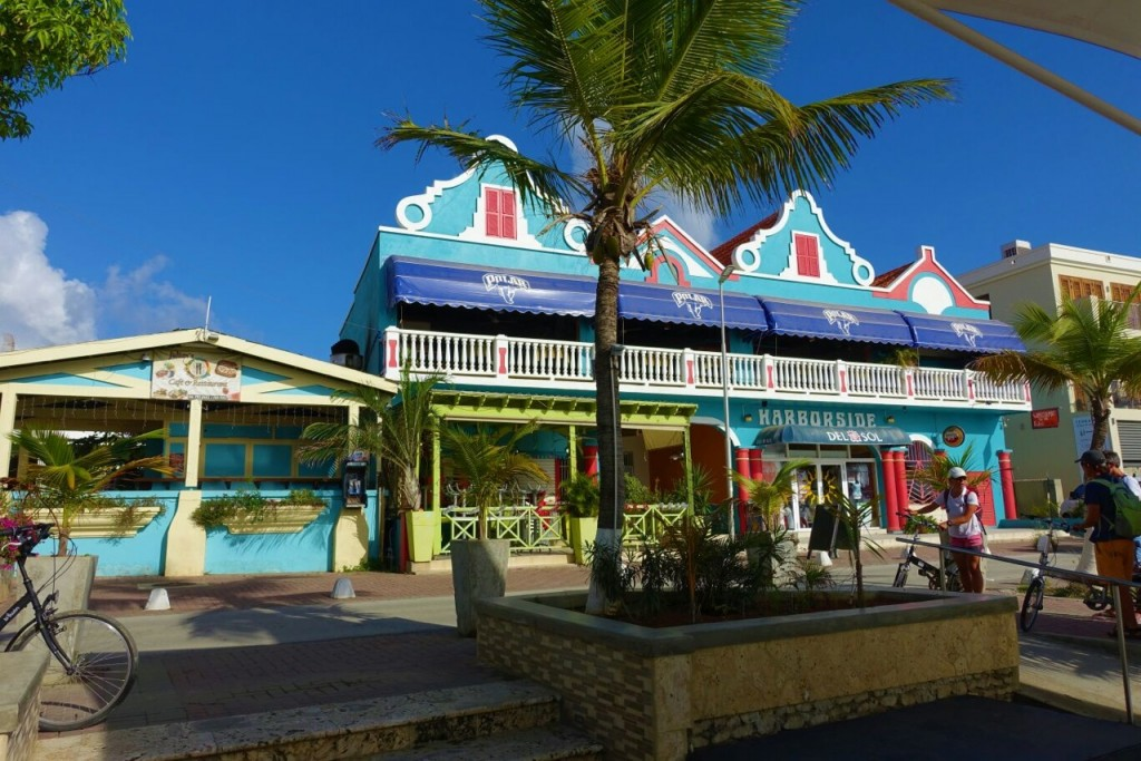philippe-seres-images-colouful-caribbean-bunte-karibik-caribbean-colourful-karibik-bunte-haeuse-caribbean-colourful-houses-lieblingsstil-com-img_1990-002
