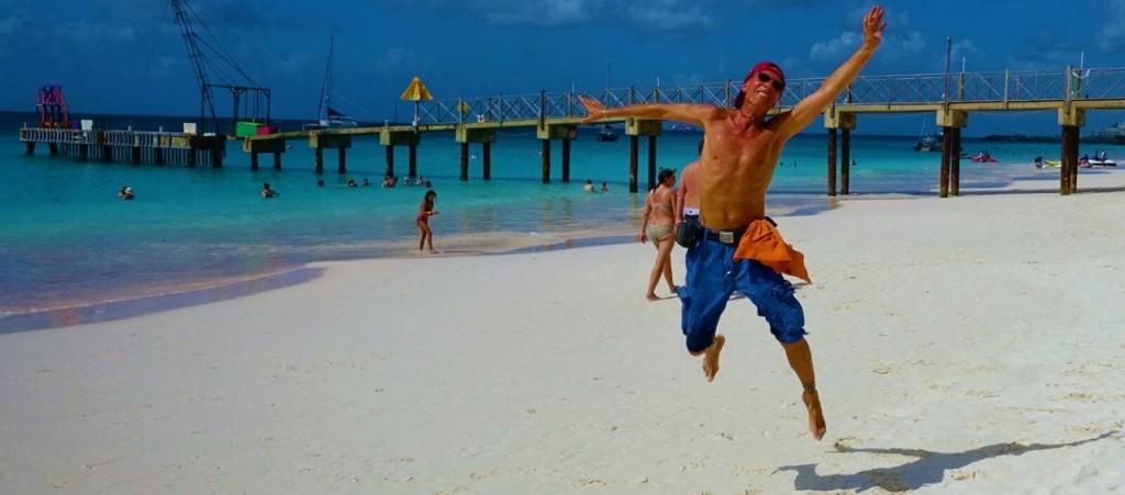 philippe-seres-jumping-philippe-seres-photographer-caribbean-moods-caribbean-lifestyle-karibischer-liestyle-lieblingsstil-com-img_2075-004