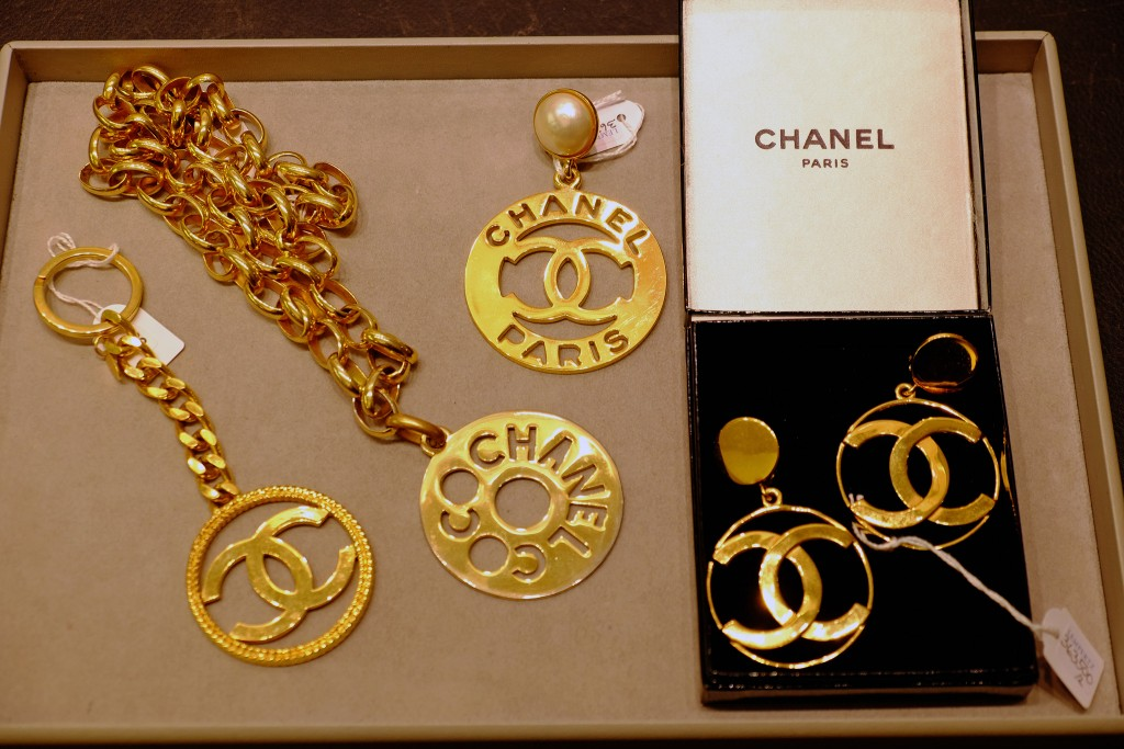 Chanel-Schmuck-Vintage,-Chanel-jewels-vintage,-Chanel-auction-Chanel-Auktion-Lempertz,-Lieblingsstil.com,-DSCF4374