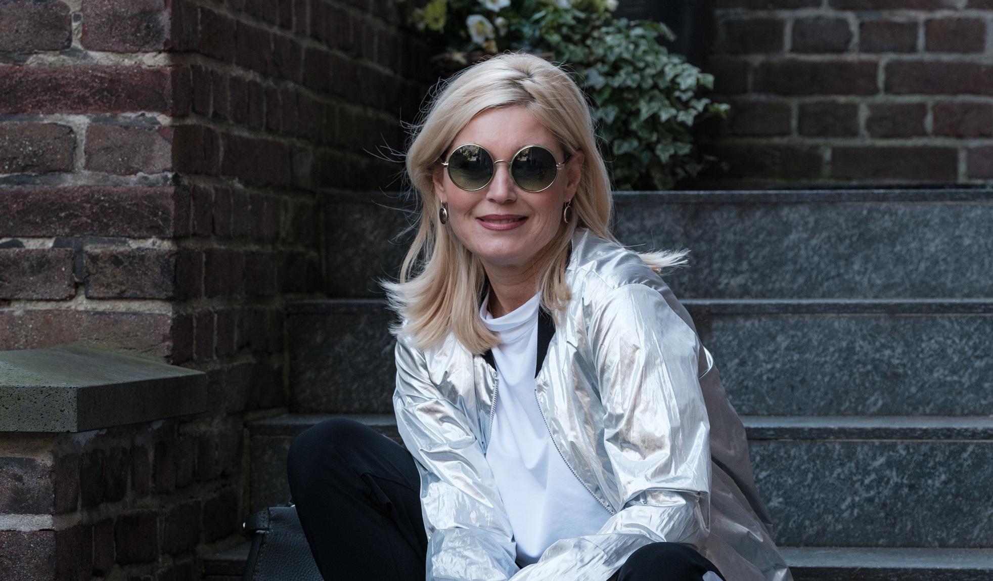 Minx Mode, Eva Lutz Mode, Minx Fashion, Blouson silber, silber Blouson, DeutscheModedesigner, fashion-blog, fashion-blog Lieblingsstil, Lieblingsstil.com,