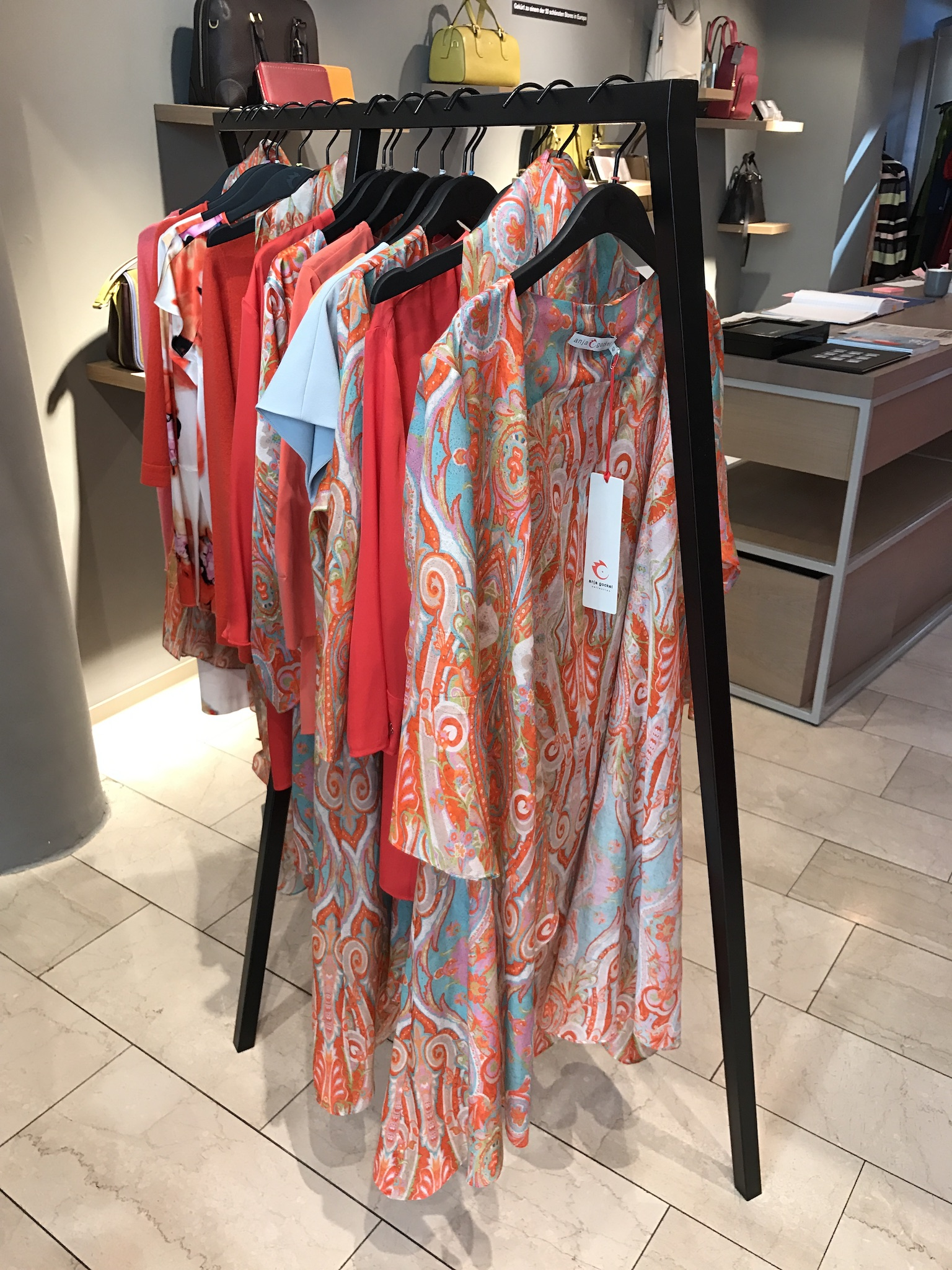 Anja Gockel Boutique, Anja Gockel Köln Boutique, Anja Gockel Bluse, Anja Gockel Seidenmantel, Fashion-Blog, Lieblingsstil.com