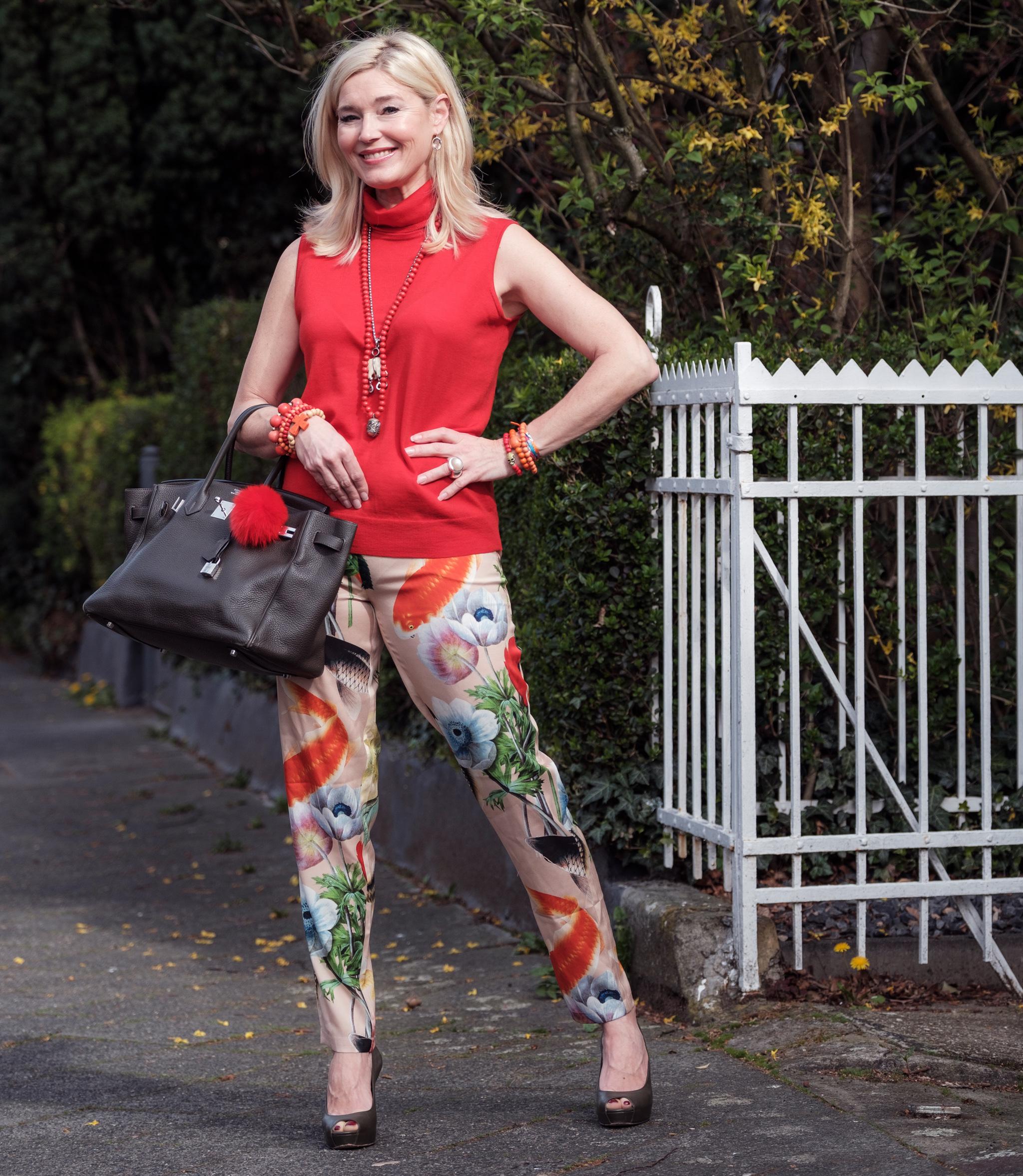 Anni Carlsson Mode, Anni Carlsson Fashion, Anni Carlsson Seidenhose, Seidenstretchhose, gemusterte Seidenhose Goldfische, Fashion-Blog, Lieblingsstil.com, jpg