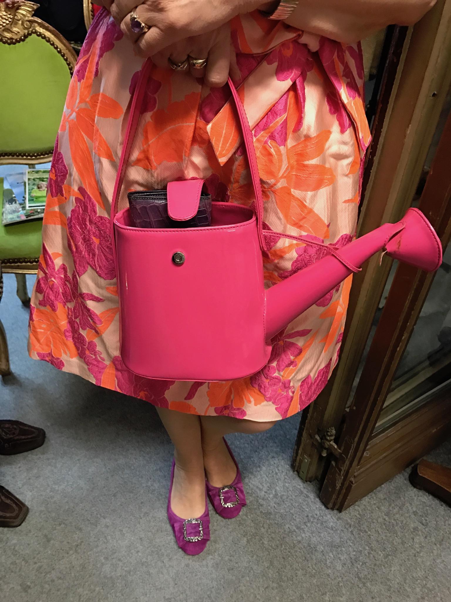 Gießkannen Handtasche, Gießkanne als Handtasche, außergeöhnlich Handtasche, Fashion-Blog Lieblingsstil,