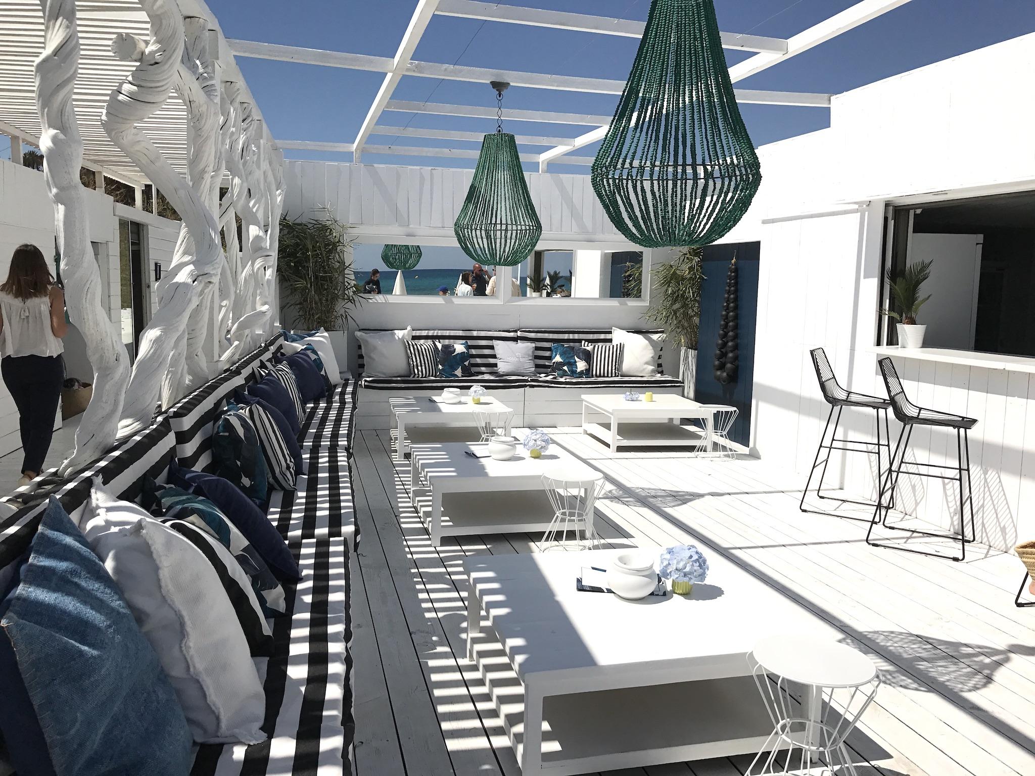 Maison Bianca Pampelonne, Maison Bianca St. Tropez, stylischer Beachclub St. Tropez, schöner Strand Club Cote d´Azur, designiger Beach Club St. Tropez, Lifestyle-Blog, Lieblingstil.com