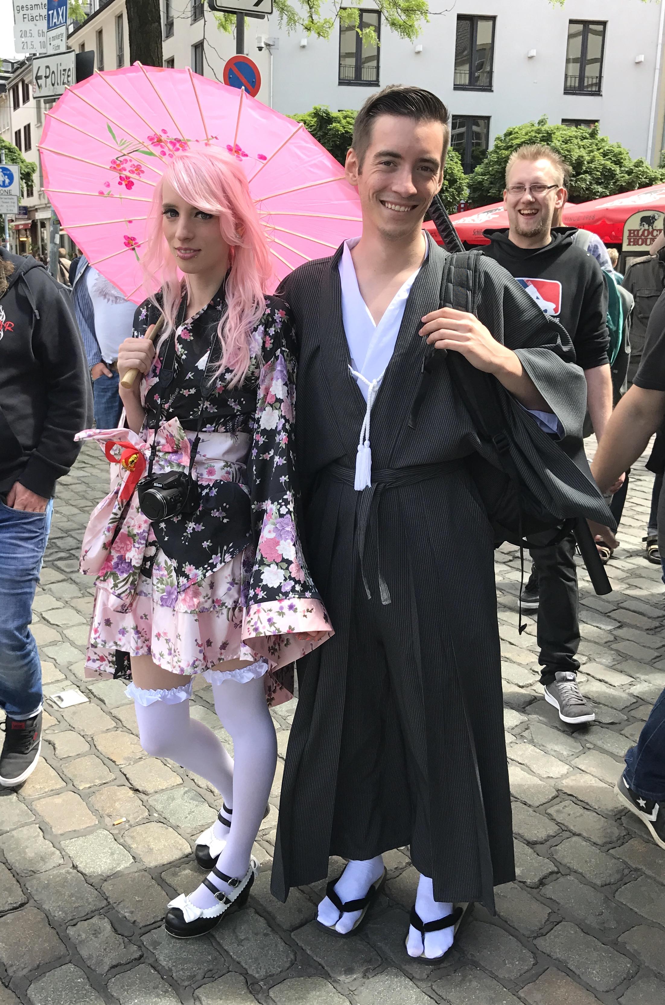 beste Kostüme Japan Tag Düsseldorf, tolle Kostüme Japan Tag Düsseldorf, Fashion-Blog, Lieblingsstil.com,