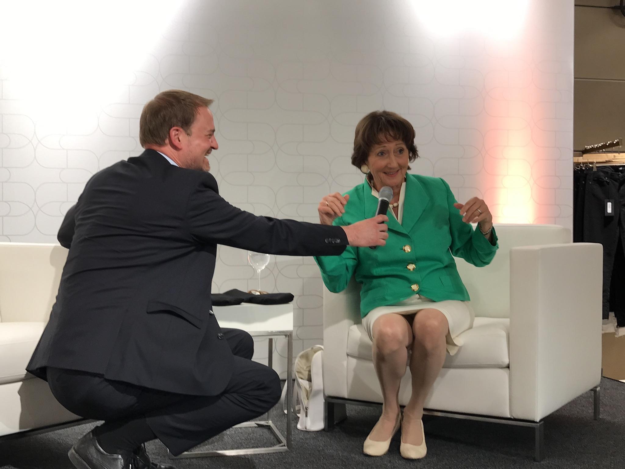 Dr. Helga Breuninger im Gespräch mit christian Zeelen, Talk mit Dr. Helga Breuninger, Lieblingsstil.com,