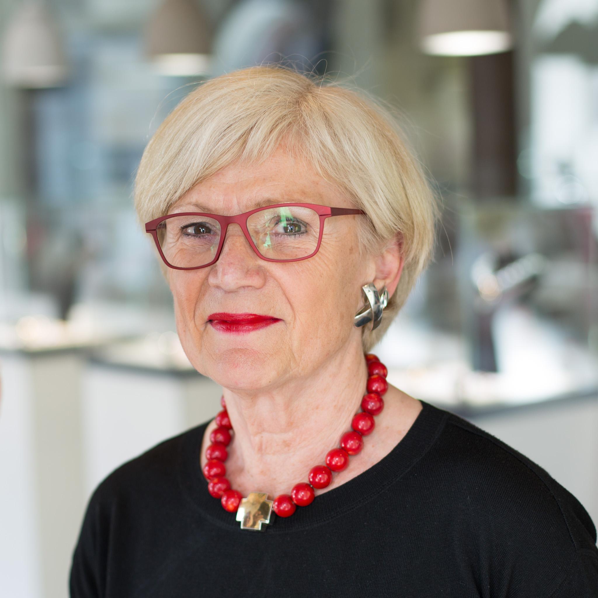 Mechthild Brunnert,Brigitte Bostel, Brauksiepe Goldschmiedemanufaktur,