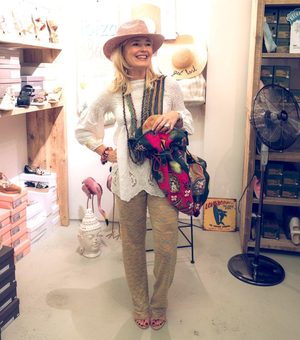 Bohemian-Style, Barts hat, Au Soleil pants, Boho-Style, Ibiza-Fashion-Style, Hippie-Mode, Boho-Fashion. Fashion-Blog, Lieblingsstil.com,