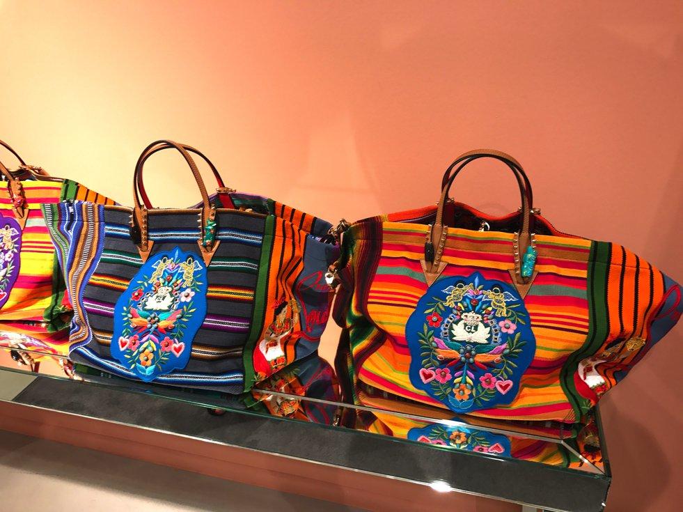 Christian Louboutin Mexicaba Shopper, Louboutin Shopper, colourful mexican shopper Louboutin, Apropos Louboutin, Fashion-Blog, Lieblingsstil.com,