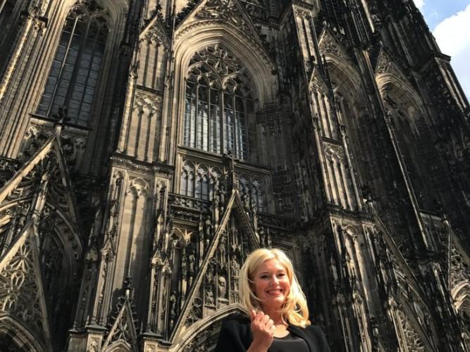 Cologne Dom, Kölner Dom, Petra Dieners, Gucci belt bag, lifestye-blog, lieblingsstil.com,