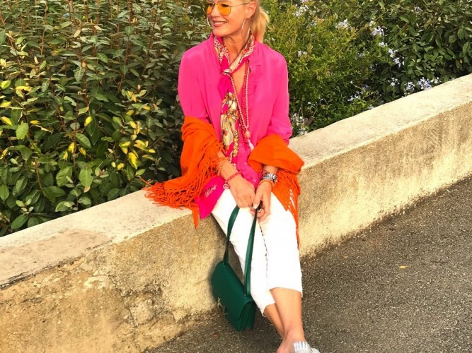 pink orange fashion, pink orange Mode, J.Crew Bluse pink, Please fashion Jeans white, Pilotenbrille gelb, Fashion-Blog, Li8eblingsstil.com,