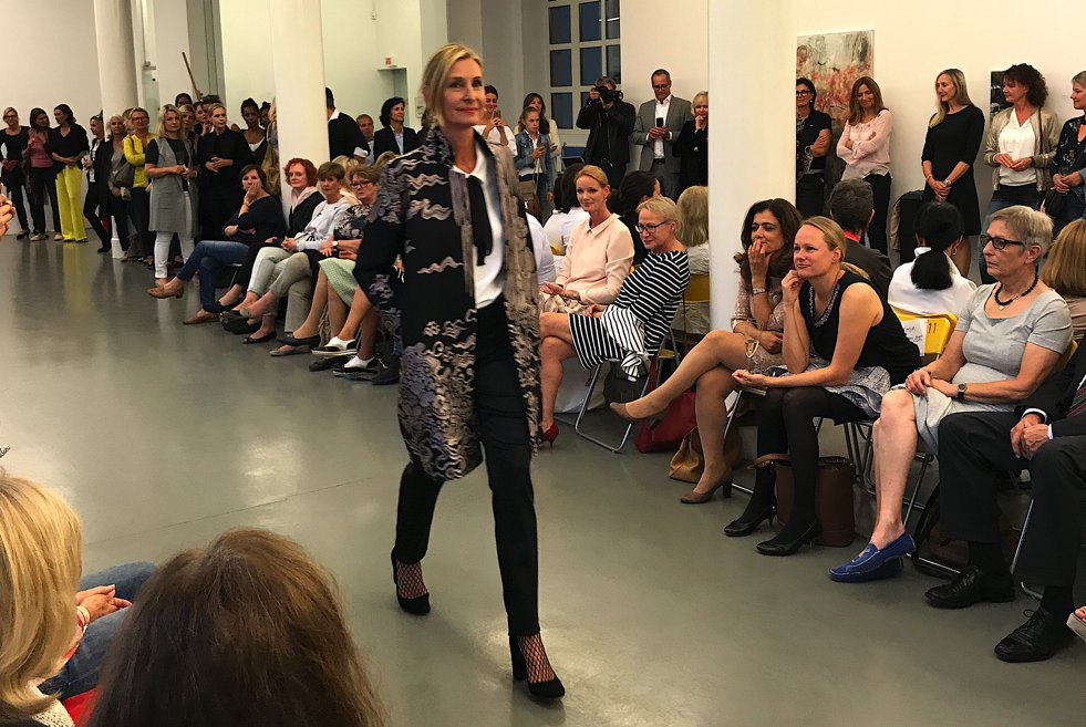 Gabrielle Koch Kurzmantel, Gabrielle Koch Designerin Köln, Fashion-Blog, Lieblingsstil.com