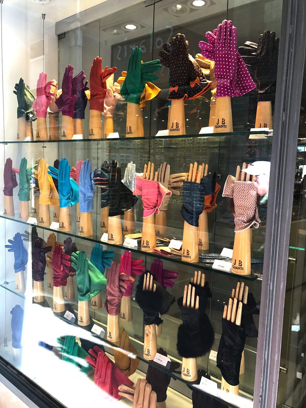 JB Guanto Gloves Venice, Lederhandschuhe in allen Farben Venedig, Handschuhtrend, Fashion-Blog, Lieblingsstil.com,